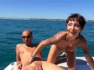 Analfucked Catalya บน 1fuckdatecom เรือ