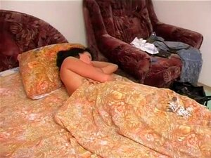 Dinara เด็กนอนหลับ นอนหลับ