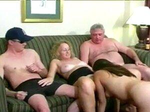 คนแก่ ๆ ที่เขามีเพศสัมพันธ์
