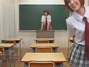 น่าทึ่งญี่ปุ่นผู้หญิงหากินอะซู Itagaki เขากลุ่มเพศ ฉาก JAV หัวนมขนาดเล็ก