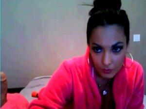 Nina Mercedez เล่นเว็บแคม