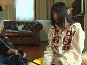 เอลฟ์ นุ่มเมื่อเจ้าหน้าที่ AV ต้องการพบผู้หญิงสปินเนอร์ที่ 148 ซม.และ 83 ปอนด์ does'nt พูดคำของญี่ปุ่น และมีความคิดว่ามนุษย์หื่น ยกเว้นเธอรู้ว่า น้ำอสุจิเป็นอาหารอร่อย ผู้หญิงคนนี้ดูเหมือนว่าเป็นเอลฟ์ และเราไม่มีความคิดถ้าเธอมาจากเจ้าของแหวน นำแสดงโดยเอลฟ