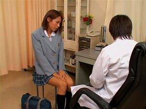 ผู้หญิงเลวญี่ปุ่นในกระโปรงสั้นจะตรวจสอบในคลินิก gyno เนื่องจากเธอรู้สึกเงี่ยนตลอดเวลา กิชอบไปครั้งที่สามเดือนเธอนรีแพทย์ญี่ปุ่น หลังจากที่เข้าคลินิกแพทย์ เธอไปญี่ปุ่นของเธอ และเขาขอเป็นนิ้ว