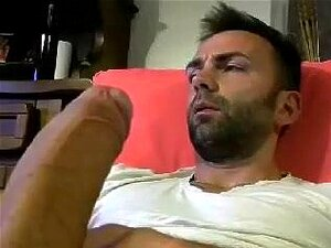 Seductive BF is jerking in a small room and memorializing himself on camera,