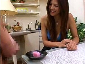 Azusa Ayano enjoys sex cream on food