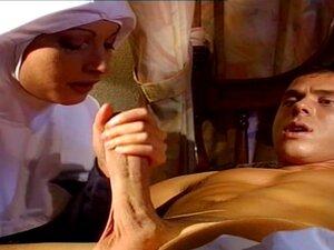 แม่ชีเยอรมันลา โดยผู้ป่วยให้เขารู้สึกดีที่ได้รับ