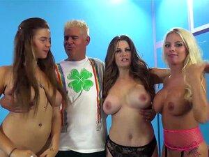 หัวนมใหญ่ของ ImmoralLive 3 สาวที่ถ่าย 3 คน