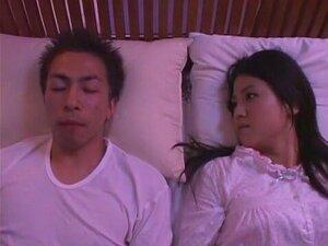 แบบญี่ปุ่น Io Asuka ในฉาก JAV มือสมัครเล่น คู่ตื่นตาตื่นใจที่สุด