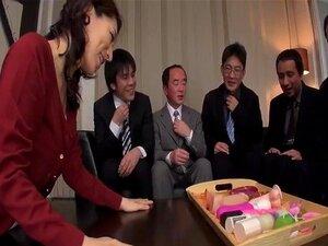 Marina Matsumoto loves sucking so many dicks on cam
