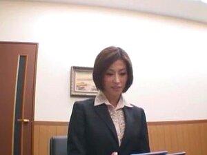 ญี่ปุ่นบ้ารุ่น Akari Asahina ในไฮ่เลขานุการ ฉาก JAV หัวนมขนาดเล็ก