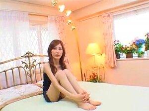 Hottest Japanese girl Seri Mikami in Incredible JAV video
