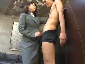 ญี่ปุ่นสาวเงี่ยนซิจุด Misa ทาคาดะ มิกิ Araki ในชายมหัศจรรย์ ภาพยนตร์ CFNM JAV