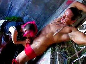 ฝรั่งเศสเพลงวัยรุ่น -พังก์ - มีเพศสัมพันธ์แดงในทริโอ แดงเพลงวัยรุ่นเพศสัมพันธ์ โดย 2 ขาว ding-dong ในหัวดูด วัยรุ่นอายุทางกฎหมายฝรั่งเศสในบางสาม