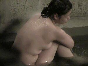 ญี่ปุ่นแม่พยายามซ่อนหัวนมของเธอจาก nri029 กล้องถ้ำจริง 00 โอเรียนเต็ลแม่นั่งอยู่ในสระว่ายน้ำด้านหน้าของถ้ำมองซ่อนกล้อง เธอไม่ทราบเกี่ยวกับการ voyeured แต่ยังคง พยายามที่จะซ่อน titties เปลือยจากเรา