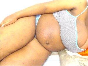 7 เดือนครรภ์แอฟริกาใต้แสดงปิดเว็บแคม