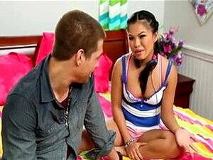 Porn Star Pinay and White boy, sorry,but i hate this