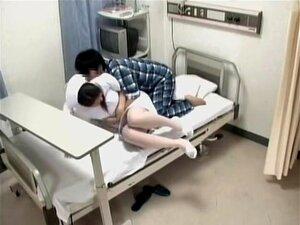 พยาบาลกลัวเมาหญิงในถ้ำมองแพทย์วิดีโอ น่ากลัวมองญี่ปุ่นได้รับการเมาหนักหญิงถั่วในวิดีโอนี้ไม่ยอมใครง่าย ๆ ญี่ปุ่นซ่อนน่าทึ่ง และดูค่อนข้างเหลือเชื่อ ยังคง เธอจะสูบบุหรี่ร้อน