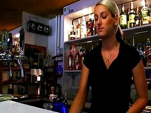 Barmaid Lenka หีด่าสำหรับเงินสด
