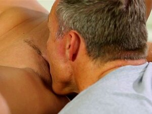 Massage babe pussylicked then pounded. Massage babe pussylicked then pounded and jizzed on pussy