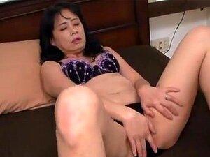 ญี่ปุ่น AV แบบร้อนแม่เย็ดรุ่นลูกเอเชียให้ด้ง รุ่น AV ญี่ปุ่นเป็นแม่บ้านกับสามีเขา เขามีของให้เขาด้งเขาเล่นกับดกของเธอ และโยนใส่เธอดีในการร่วมเพศไม่ยอมใครง่าย ๆ ทวาร เขาเรียบเธอไม่ยอมใครง่าย ๆ และให้เธออมหัวนมหลังด้งตื่นตาตื่นใจของเธอ