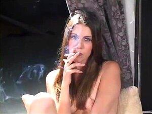 สูบบุหรี่เท่วัยรุ่นช่วยตัวเองช่วงสำหรับเธอ Fuckbuddy