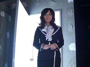 Manami Komukai ในถุงน่องสวย ที่สั่น