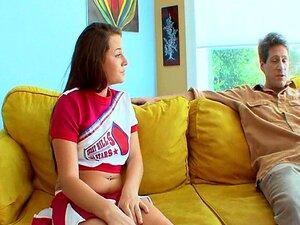 เชียร์ลีดเดอร์หนุ่มสาว TeamSkeet นม tattoedbrunette พาล์มเมอร์ทาเลียไม่ยอมใครง่าย ๆ