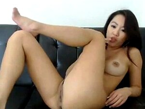 Asian Cam Girl with a Hitachi, Free Live Cams Porn Video a6