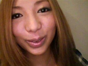 Morisaki แอนนาในการใช้ปากของเธอเป็นพิเศษแอนนา Morisaki - AviDolz สนุกและน่าสนใจสาวแอนนา Morisaki ทั้งร้องเพลง และไปคาราโอเกะกับแฟนของเธอ เช่นเคย พวกเขาหัวออกจากอพาร์ทเมนท์ของพวกเขาเพียงในเวลาสำหรับความสนุกสนานของคืนนี้ แต่ เมื่อมาถึงที่จุด ที่พวกเขาจะไปคล