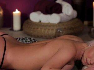 Massaged ม.ต้นเลียหี gfs การกล่าวขอบคุณ Massaged เลสเบี้ยนเลียหีแฟนจะบอกว่า ขอบคุณสำหรับเช็กถูลง