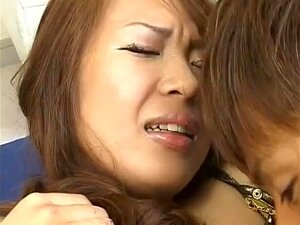 japan woman gets two males to fuck her while on duty