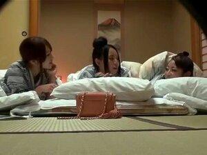 เย็ด ผู้หญิงหากิน Omori ไนลอน อากาเนะ Iizuka, Saki Hatsuki ในน้ำพุ่งแปลก คลิปหน้า JAV