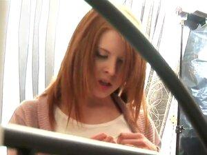 ดูคลิปวีดีโอหลังเวทีนี้กับสาวสวยที่กำลังเป็นจะเป็นการบันทึกเทปในการกระทำ xxx โชว์ดูเจ๋ง และพรกับเธอเป็นน่าตื่นเต้นจริง ๆ