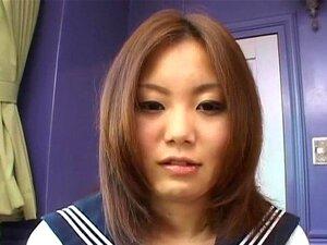 Hot Yamasaki Honoka shows off her hairy cunt