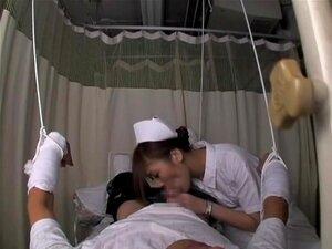 พยาบาลญี่ปุ่นดูแลของฉันดำเนินในเพศภาพยนตร์ ในขณะที่ผมที่คลินิกผมเริ่มรู้สึกไม่ดีมากดังนั้นพยาบาลญี่ปุ่นกำหนดผมเจาะของหีของเธอ ในถ้ำนี้วิดีโอโป๊ภาพเรามีเพศ และผู้หญิงเลวซนเปียก