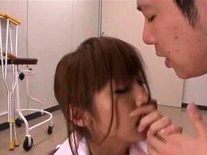 Mika Kayama ซนพยาบาลทั้งกลิ่นของเพศ Mika Kayama เป็นตีในเขต