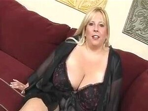 Blond big beautiful woman-Mother I'd Like To Fuck with Giant Zeppelins