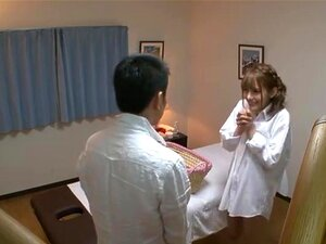 ยินดีต้อนรับสู่ริโอของร้านเสริมสวย ยินดีต้อนรับ โอ (Tina Yuzuki) ศัลยกรรมเสริมสวยที่ผู้ชายได้รับอ้อมกอดไปมากนี้นักแสดงหญิงยอดนิยม และน่ารักจริง ๆ การ 100 ห้องรักษาที่นี้ซึ่งริโอทำให้แน่ใจว่า คุณจะพอใจอย่างสมบูรณ์ และ มีสีชมพูลูก ตามเวลาที่คุณออกจาก