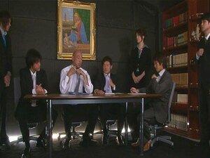 เจี๊ยบร้อนญี่ปุ่น Hojo Maki manhandled