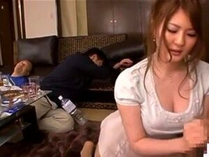 Momoka Nishina, Wife & friends