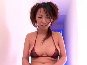 Runa Sezaki rubbed her clit with a vibrator. Her hairy pussy was soaking wet and she came and squirted very hard