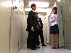 ญี่ปุ่นบ้ารุ่น Saki Hatsuki ในห้องเปลี่ยนแปลงร้อนแรงที่สุด วิดีโอ JAV คอลึก