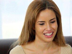 CastingCouch HD-X - สั้นน่ารักนาตาชาสีขาวถ่ายหนังโป๊ครั้งแรกของเธอ