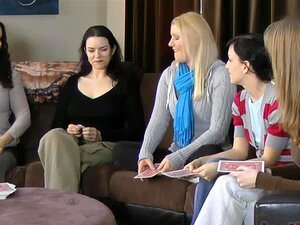 เพื่อนบ้านของคุณวันเฉลิม Zayda ลูเครเชียแอชลีย์และนาตาเลีย สกรู