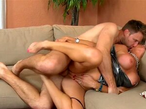 Pussy of a milf gets hammered. Wet and squelching cunt of a milf gets banged hard